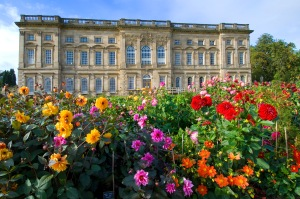 Baroque-wing-of-Wentworth-Castle-in-Barnsley-by-Giles-Rocholl